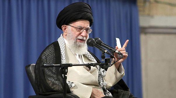 واکنش علی خامنهای به کشته شدن سلیمانی: انتقام سختی در انتظار جنایتکاران است
