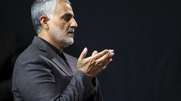 """Von """"Vorzeigesoldat"""" bis """"Terrorist"""": Wer war General Ghassem Suleimani?"""