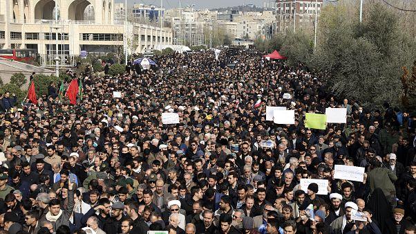 Trauer um Top-General im Iran - Teheran verspricht Rache