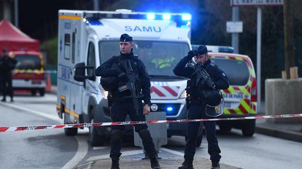 Deadly Paris stabbing becomes terrorism probe
