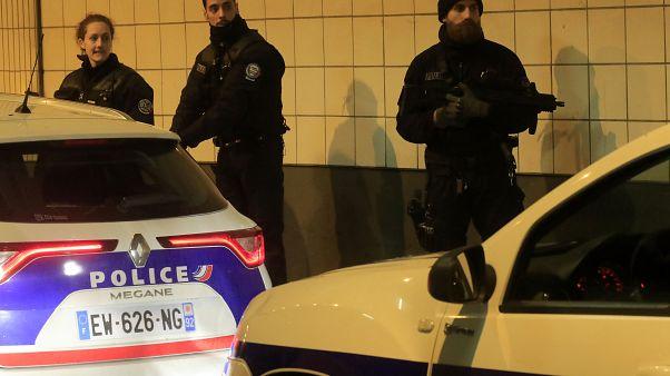 Késelés egy párizsi külvárosban