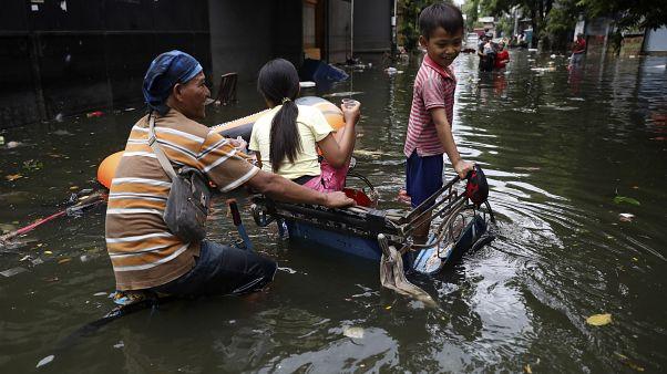 Indonesia: la città di Lebak sepolta dall'acqua