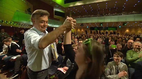 Grüne in Österreich stimmen für Koalitionspakt mit ÖVP