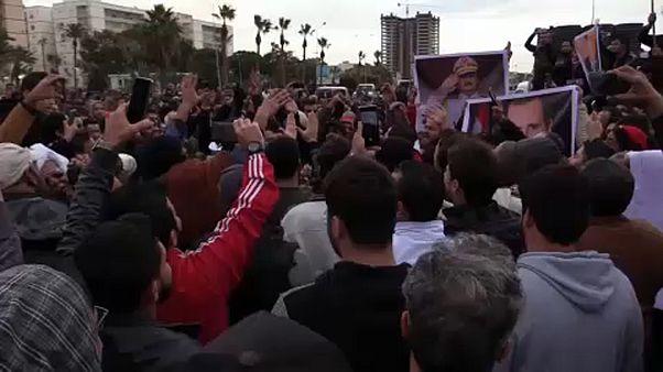 Libia, raid aereo su un'accademia militare a Tripoli: decine i morti