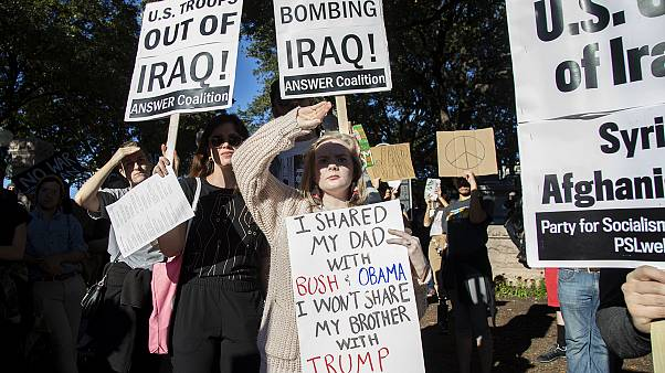Anti-Kriegsdemos in den USA - Trump warnt Teheran