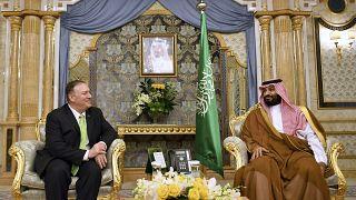بومبيو في ضيافة ولي العهد السعودي محمد بن سلمان في أيلول/سبتمبر الفائت
