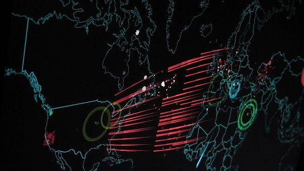 صورة رمزية لهجمات سيبرانية (رقمية)