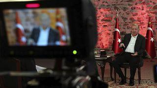 Ερντογάν: Η Τουρκία στέλνει σταδιακά στρατό στη Λιβύη