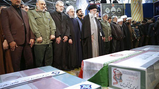 Kasım Süleymani'nin cenaze törenine Ali Hamaney de katıldı