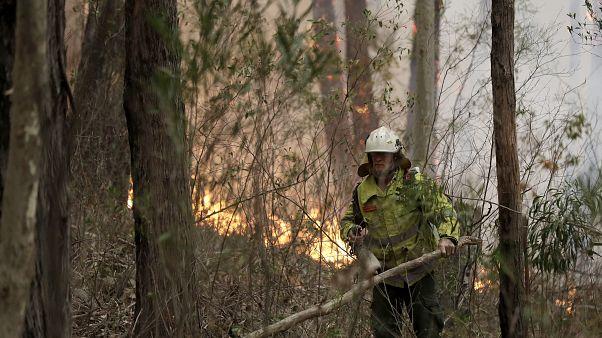 2.000 millones más de fondos para superar la crisis de los incendios en Australia