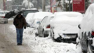 Neue Kaltfront erwischt Teile Griechenlands - Fährverkehr eingestellt