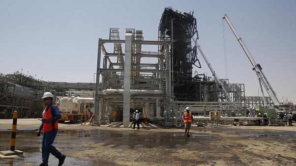 النزاع الإيراني الأمريكي المحتمل يهدد اقتصادات دول الخليج
