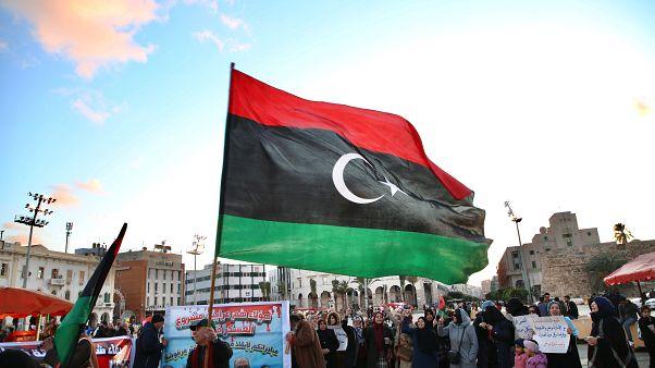 Libya'nın başkenti Trablus'ta halk, Hafter'e karşı protestoda buluştu