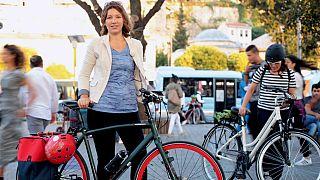 Bisikletli Kadın İnisiyatifi kurucularından, 'Benim Bisikletim Benim Şehrim' filmi yapımcısı Zeynep Arapoğlu