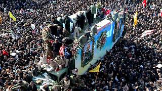 İran'da yaşanan izdihamda en az 35 kişi öldü
