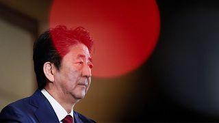 نخستوزیر ژاپن با هدف کاهش تنشها به چند کشور عربی سفر میکند