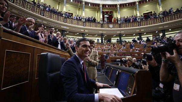البرلمان الإسباني يثبت بيدرو سانشيز رئيساً للحكومة