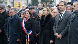 A Charlie Hebdo elleni merényletre emlékeztek