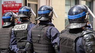 کشته شدن یک شهروند فرانسوی در جریان بازرسی های پلیس