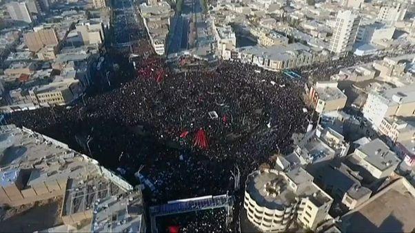 Sok embert halálra tapostak Szulejmáni tábornok temetésén