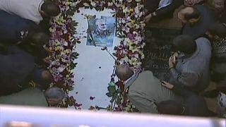 General Soleimani beigesetzt - 56 Tote bei Massenpanik