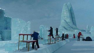 Jégszobrászok versenye Kínában