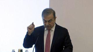 Eski Nissan Üst Yöneticisi Lübnan asıllı Carlos Ghosn, Lübnan'ın başkenti Beyrut'ta basın toplantısı düzenledi