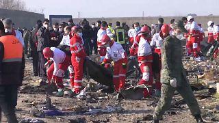 """176 Tote bei Flugzeugabsturz in Iran, """"keine Erkenntnisse"""" zu deutschen Opfern"""
