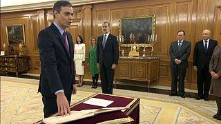 Pedro Sánchez assume chefia do governo