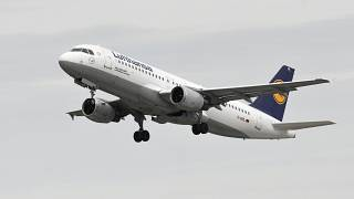 طائرة تابعة لشركة لوفتهانزا الألمانية
