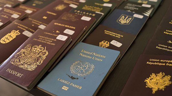 اعلام معتبرترین گذرنامههای سال ۲۰۲۰؛ همسایههای ایران قعرنشین شدند