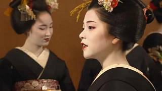 Neujahrsversprechen der Geishas in Kyoto