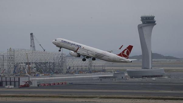 İstanbul Havalimanı'ndan kalkan THY uçağı