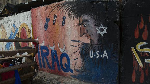 Irak'ta bir duvar resmi