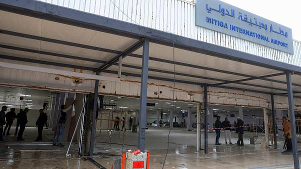 Libya'da Hafter güçleri uçuşa yasak bölgeyi Mitiga Havaalanı'na genişletti