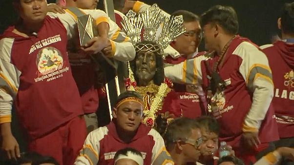Huge crowds join Black Nazarene procession in the Philippines