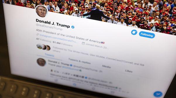 حسااب الرئيس الأمريكي دونالد ترامب على تويتر