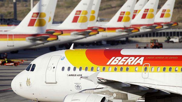 Ισπανία: Οι αρχές θα κινηθούν νομικά κατά της Iberia για μη τήρηση υγειονομικών μέτρων σε πτήση