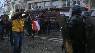 Massenprotest in Paris