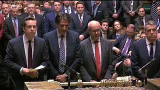 Brit alsóház: Zöld út a brexitnek