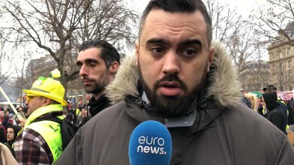 Massenproteste in Paris: Zehntausende gegen Rentenreform
