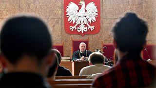 A lengyel bírósági törvényt vizsgálja a Velencei Bizottság