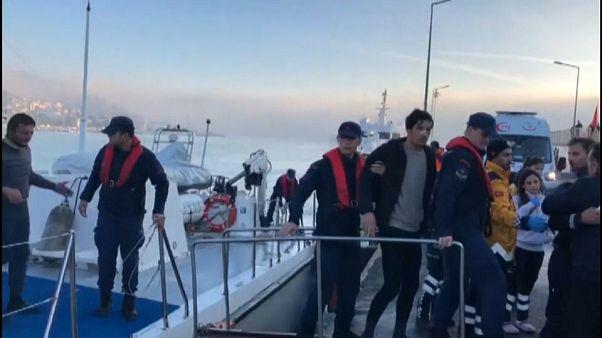 ثلاثة مفقودين في اصطدام ناقلة نفط بسفينة لصيد السمك في البوسفور