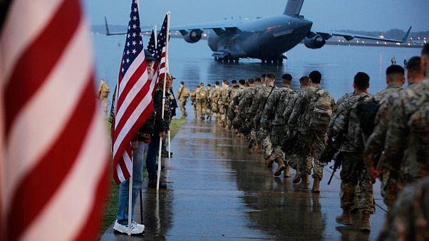 درخواست نخست وزیر عراق از  پمپئو برای اعزام هیاتی جهات سازماندهی خروج نظامیان آمریکایی