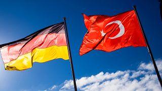 Almanya bayrağı, Türk bayrağı