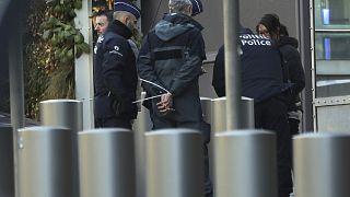 بعد 23 عاما وهما في حالة فرار.. أكبر مطلوبيْن في بلجيكا يقعان في شباك الشرطة