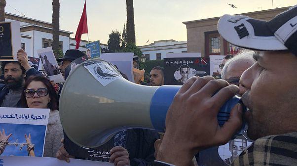 الحكم على ناشط مغربي بالسجن لمدة عامين بسبب تدوينات على فيسبوك