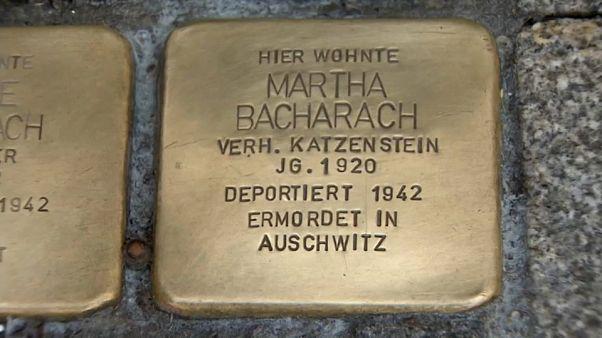 «Οι λίθοι της μνήμης»: Ένας Γερμανός τιμά τους Εβραίους