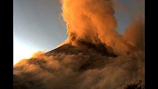Мексиканский вулкан Попокатепетль проснулся