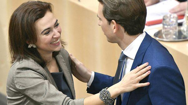 Austria, odio online contro la ministra immigrata dalla Bosnia: interviene Kurz